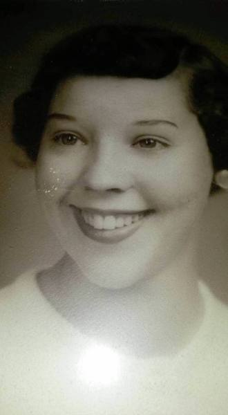 Mom, Barbara Riley Hinchee Teenager